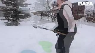 Пока в России начинают разработку миссии на Венеру, в городе Нововятске жители топят снег, чтобы у них была вода. - - Жильцы час