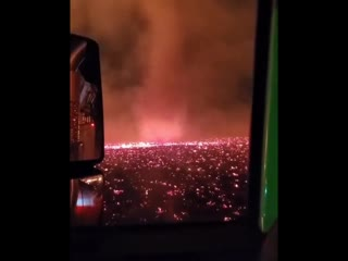 Огненное торнадо в Калифорнии.
