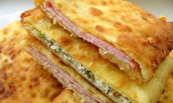 Суперидея для завтрака: сырные лепешки на кефире