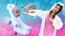 Baby Shark faz compras na loja de fantasias! Vídeo infantil para meninas e contos de fadas