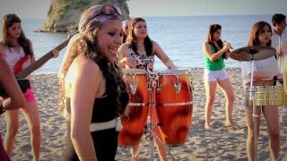 TRIBUTO A LA CUMBIA COLOMBIANA - ORQUESTA FEMENINA SON KANEY  (((VIDEO OFFCIAL)))