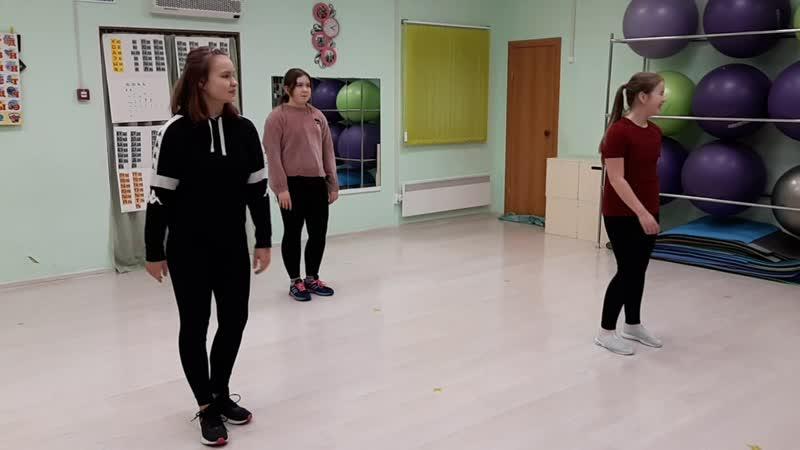 первые шаги в изучении танцевального стиля Вог Импровизация