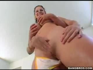 Tantra yoga. Naomi Russell & Gianna Michaels: Bangbros