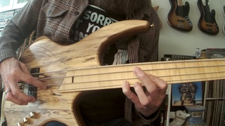 Fretless Funk Bass with Trills