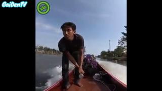 Азиатский Джеймс Бонд! На самодельной лодке! Пи-ец скорость