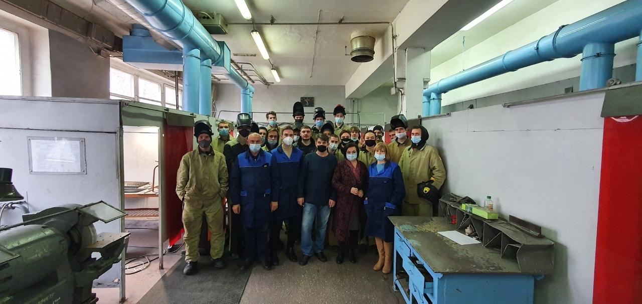 Свои навыки по компетенции «сварочные технологии» показали студенты из Тольяттинского социально-экономического колледжа