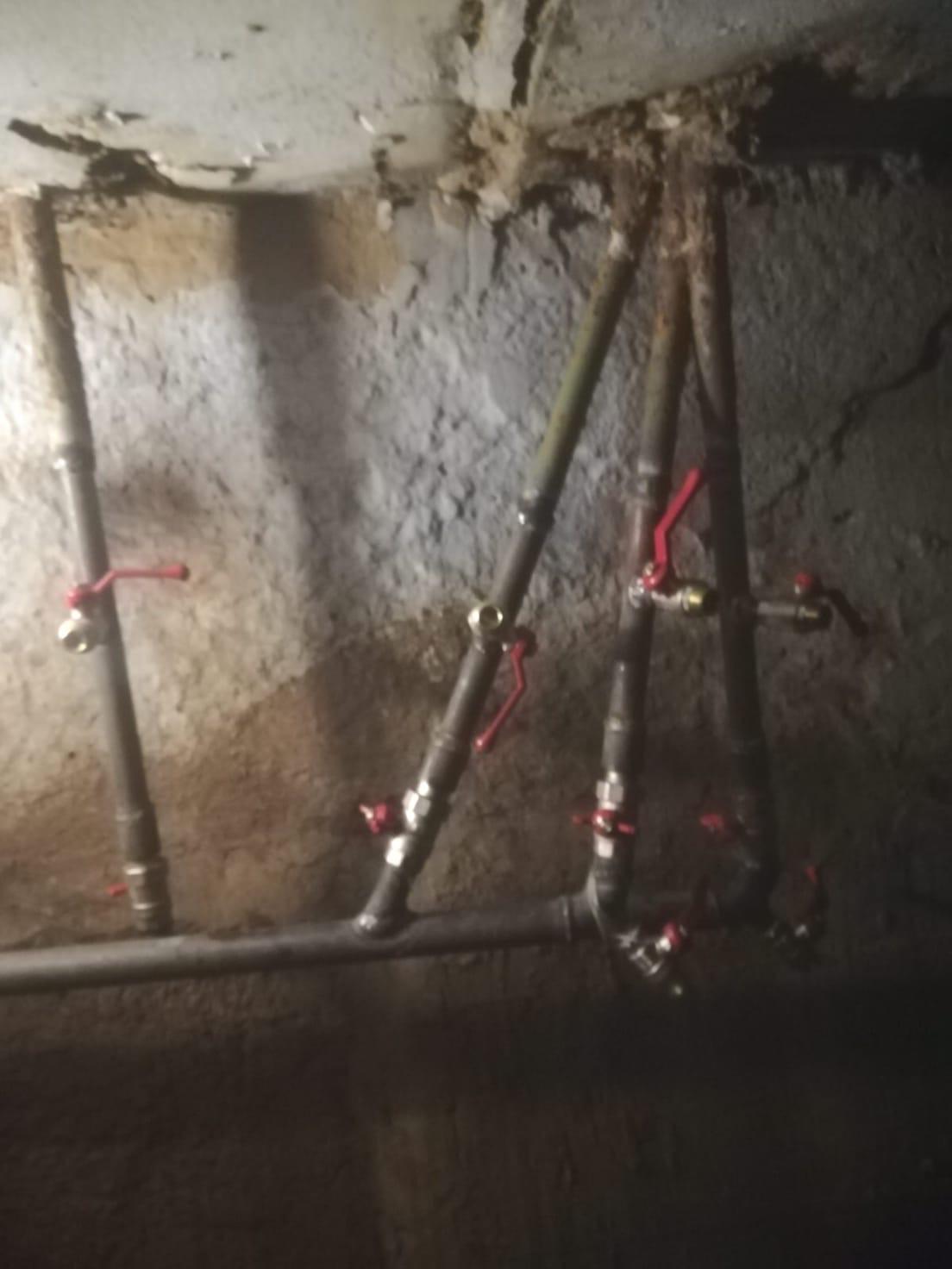 Смена части стояков отопления в подвале Октябрьский