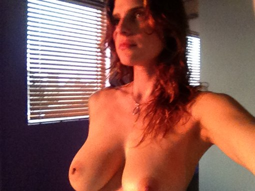 Nashville star reportedly part of new celebrity nude photo leak nashvillegab