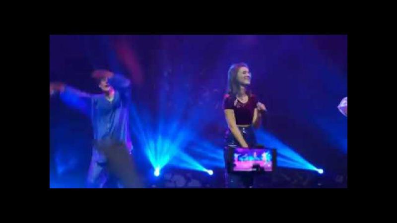 Аня Бобровская и Костя Мусийченко сольный концерт в Москве тур КРУЧЕВСЕХ