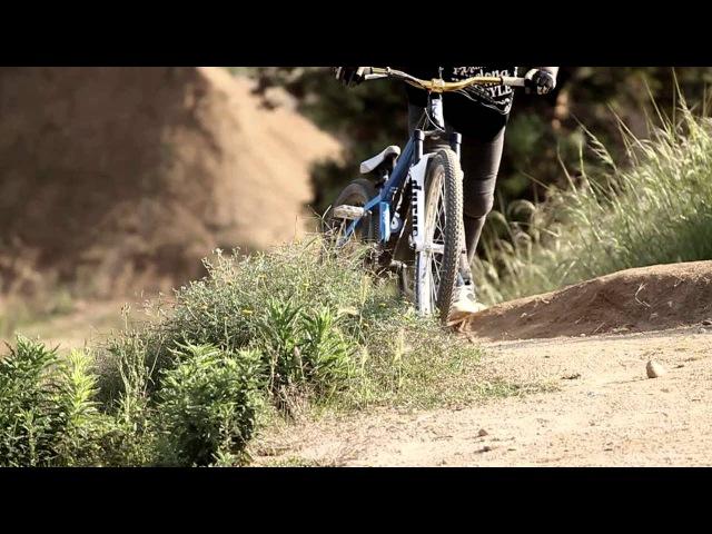 Andreu Lacondeguy Bienvenido Aguado David Acedo Nicola Pescetto Training @ La Poma Bikepark