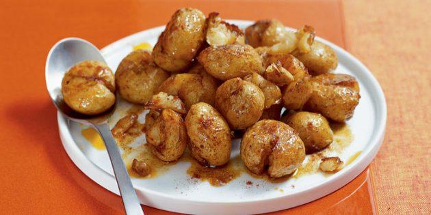 Как приготовить молодую картошку в духовке и на плите: 10 аппетитных блюд, изображение №1