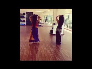 College_Desi_Girls_Dancing_at_Home_hd1080