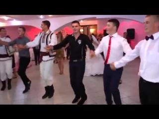Молдавская свадьба...смотрите не пожалеете..!!   moldavian wedding