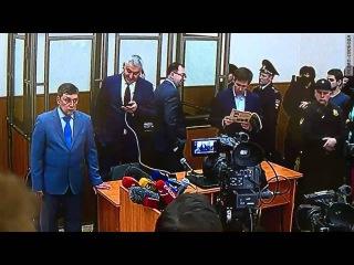 Суд признал Надежду Савченко виновной