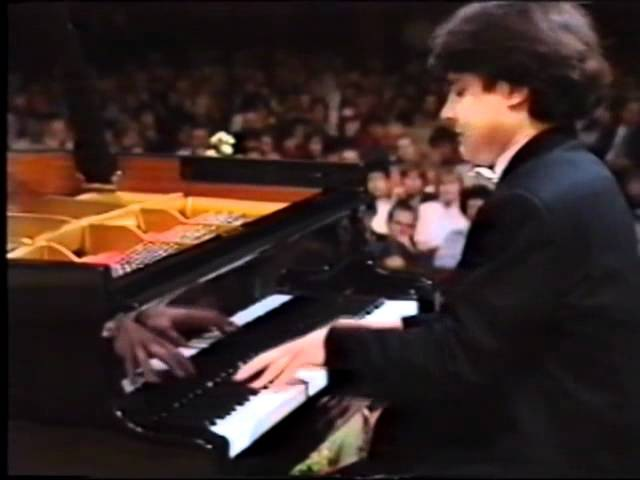 Alexei Sultanov performs Chopin's Nocturne Op 48 №1