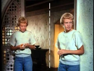 THE PARENT TRAP split screen effects for twins Hayley Mills