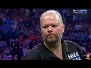 Michael van Gerwen vs Raymond van Barneveld (2016 Premier League Darts / Week 14)