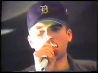 Как начинался питерский рэп! 1992 год, где Михей, Мистер Малой, DA-108 и другие читают рэп в переходе.