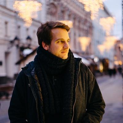 Леонид Левданов