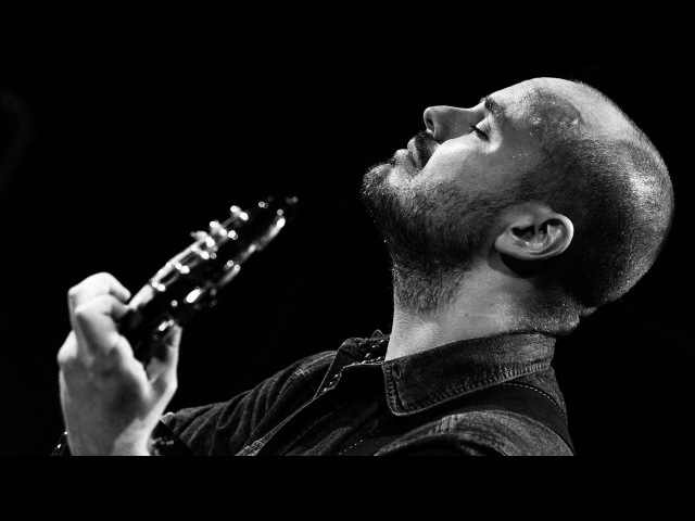 Andy McKee Rylynn live performance for