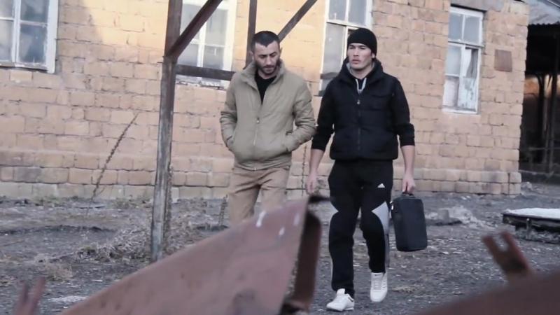 17 GUN ADLI FILIMDEN FRAQMENT