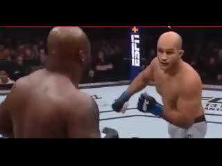 Джуниор дос Сантос vs Деррик Льюис, полный бой, видео