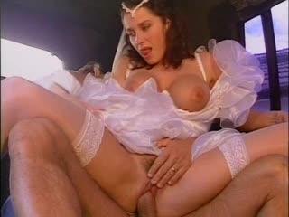 Erika bella la mariee ( la sposa, bride ) (1996) scene 3