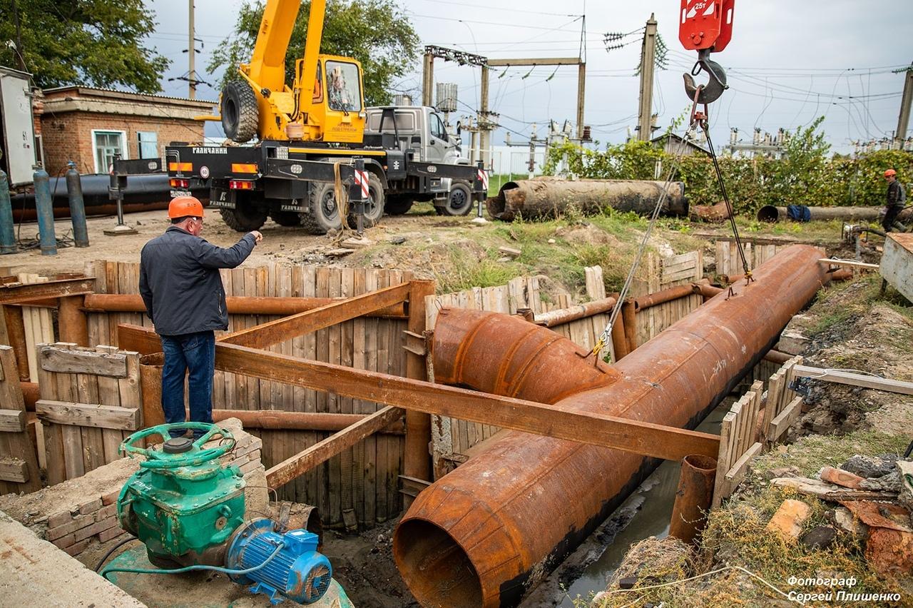 Работы на Донском техническом водоводе в Недвиговке продолжаются