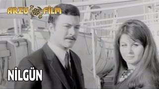 Nilgün | Kartal Tibet & Fatma Girik & Münir Özkul - Siyah Beyaz Filmler