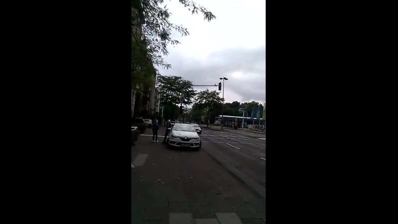 EVERTPLATZ KOLN KILLERS ATTACKED WITH AXE POLIZEI DENY COMMERZBANK ACTLY TRY AND KILL ME AND BC I AM ANGRY IM UNFRIENDLY WE CA