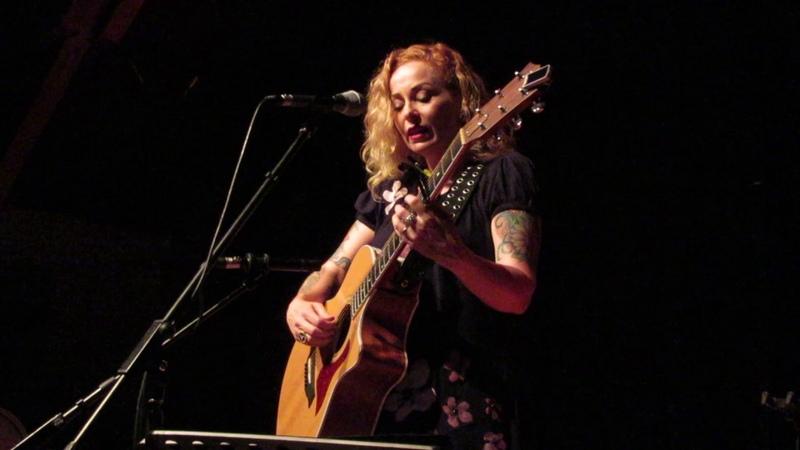 Anneke van Giersbergen Like A Stone Audioslave cover live @ Thiemeloods Nijmegen