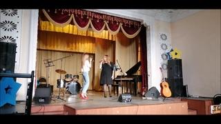 Мария Костюкова и педагог Анна Владимировна