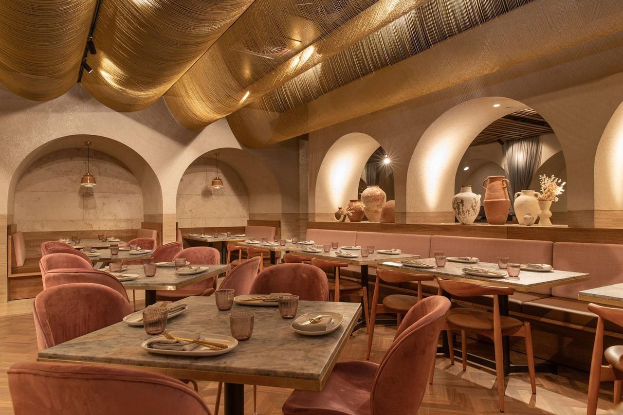 Babylon Restaurant In Westfield, Sydney By Hogg