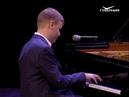 Виртуоз Олег Аккуратов выступил на сцене Самарской филармонии