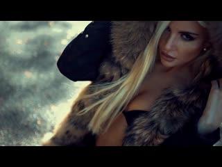 Inward Universe and Dapa Deep feat. Iriser - Waiting For You