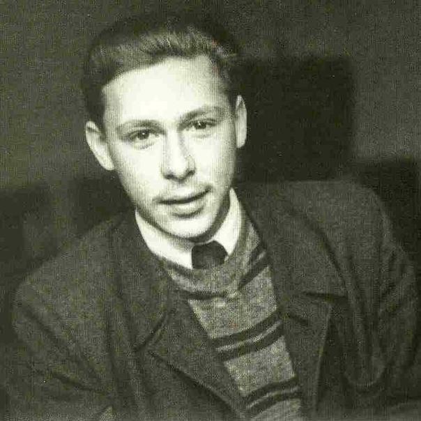 Узнали  Олег Николаевич Ефремов, сегодня его день рождения  Ваш любимый фильм с ним