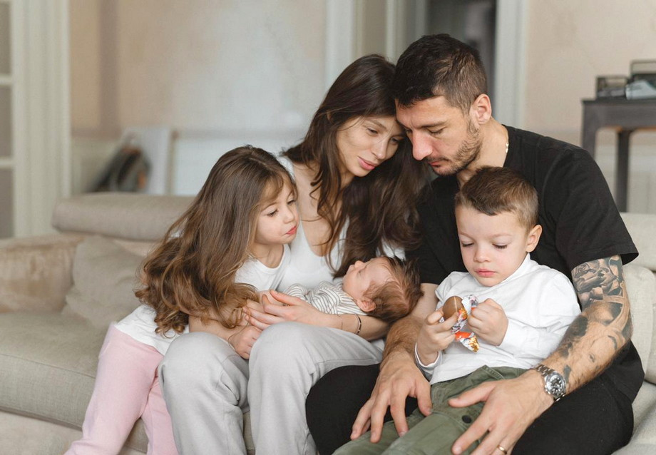 Сальваторе Боккетти с женой Екатериной и детьми