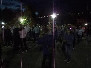 ночная дискотека перед РЦД на Дне посёлка