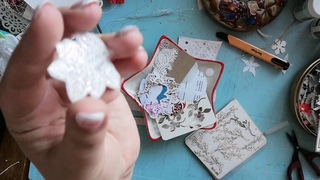 Скрапбукинг.Процесс создания открытки необычной формы.
