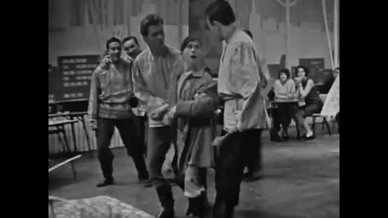 Первомайский голубой огонёк Хор им Пятницкого 1968