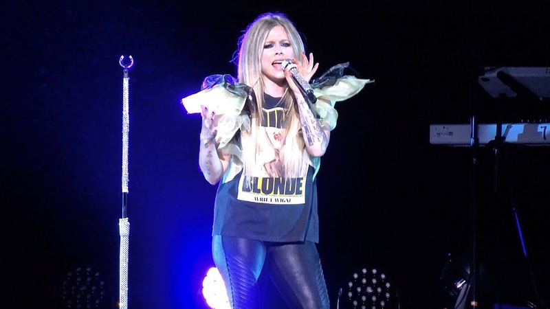 Avril Lavigne Here's To Never Growing Up live Fox Theater Oakland CA Sept 17 2019 4K UHD