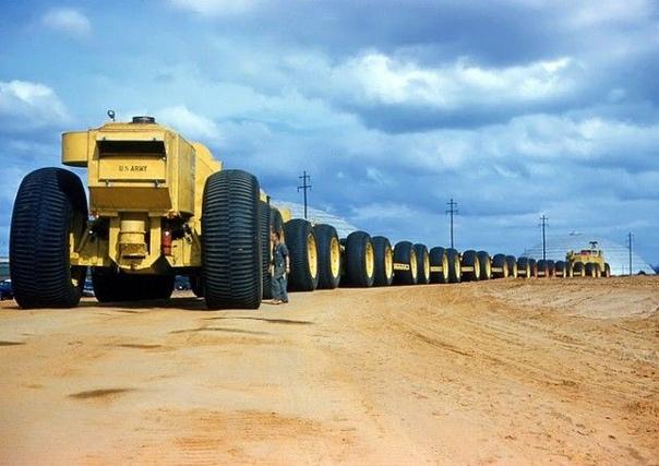Автопоезд Апокалипсиса: LeTourneau Overland Train Своему появлению это удивительное транспортное средство обязано холодной войне. По мнению американских военных, в условиях ядерного