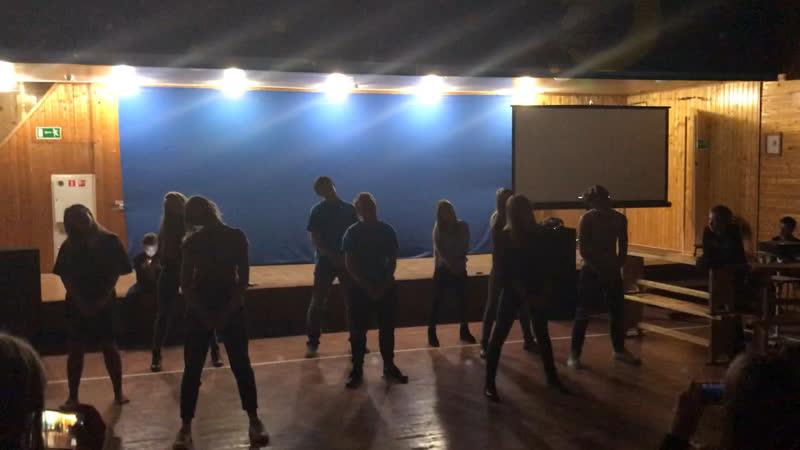 Танец вожатых 2
