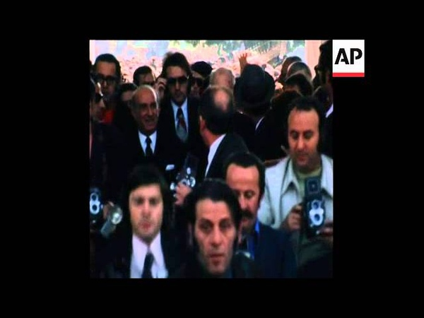 SYND 05-11-73 GREEK POLICE CLASH WITH STONE THROWING DEMONSTRATORS