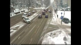 В центре Краснодара произошло жесткое ДТП (видео)