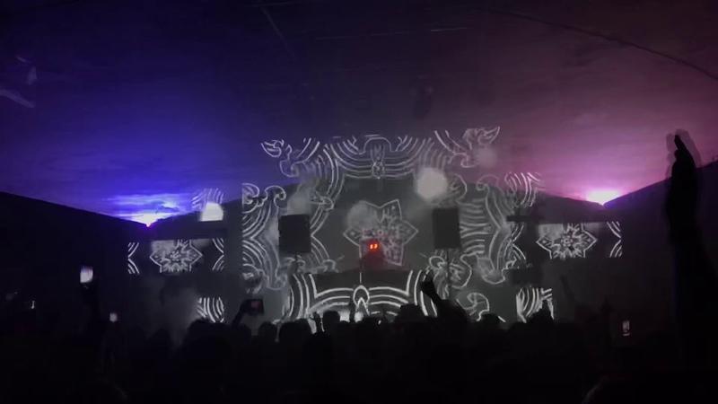 REZZ played Deadmau5 One Trick Pony @ Salat Party Kiev 07 03 2020