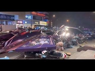 Смертоносный ураган обрушился на китайский город Наньтун #China #Nantong #hurricane