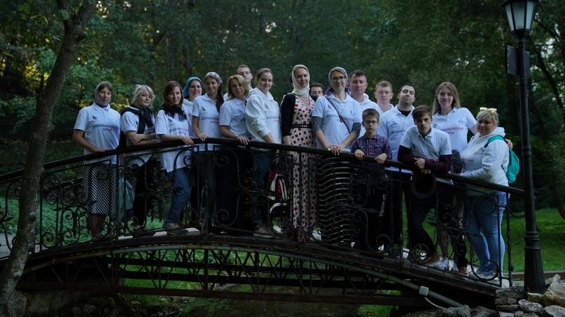 Добровольцы кинокомпании «Союз Маринс Групп» навели порядок в Чеховском районе