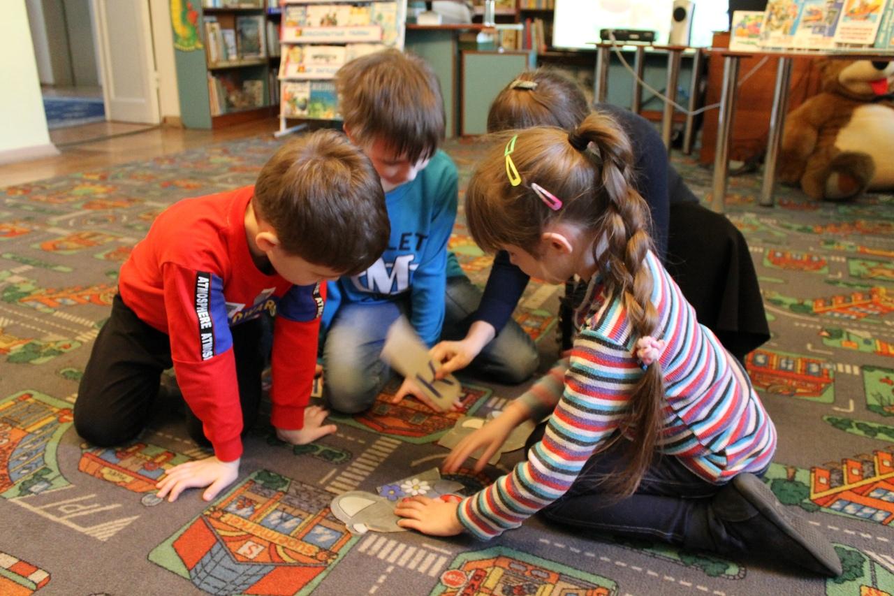 донецкая республиканская библиотека для детей, отдел обслуживания дошкольников и учащихся 1-4 классов, юбиляры 2020, занятия с детьми, противодействие экстремизма