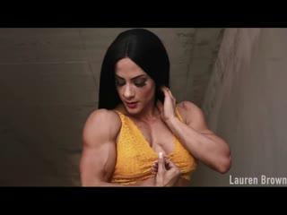 Sexy muscle women -